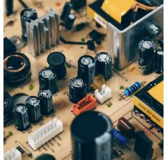 Curso de Sistemas y Circuitos Eléctricos